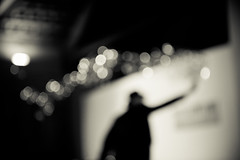 l'uomo delle bolle (paola rizzi) Tags: ombra uomo e bianco nero bolle paolarizzi photopierre