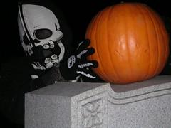 This is My Tombstone_0195 (Steven Czitronyi) Tags: halloween cemetery pumpkin xt minolta tombstone ghosts dimage