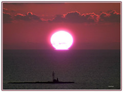Tramonta un anno e si festeggia quello nuovo  ....  speriamo che sia migliore  !!!! (Schano) Tags: landscape landscapes photo tramonto mare sole paesaggi paesaggio trapani isola asinelli marenostrum photonature pizzolungo tramontotrapanese tramontosiciliano panasonicdmcfz28 lumixfz28 panasoniclumixfz28 isolaasinelli
