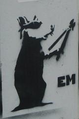 Rat (Janvier 2013) (Ostrevents) Tags: street streetart black paris france art glass wall rat europa europe paint noir spray peinture capitale em rue mur lunette pochoir bombage chn artdelarue ostrevents