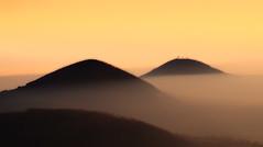 Colli Euganei al tramonto (tampurio) Tags: sunset sky italy sun sunlight mountain mountains fog montagne sunrise landscape italia tramonto sony hills cielo tramonti sole paesaggi montagna paesaggio colline veneto collieuganei colli blinkagain slta58