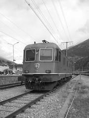 ottobre 2013 - nokia 808 pure view #16 (train_spotting) Tags: brig valais sbbcffffs sbbcargo re6611637 brigdepot nokia808pureview soncebozsombeval