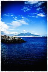 napoli (Roberto Costanzo Fotografo) Tags: city sky nuvole mare cielo napoli naples vesuvio vulcano citt scogli
