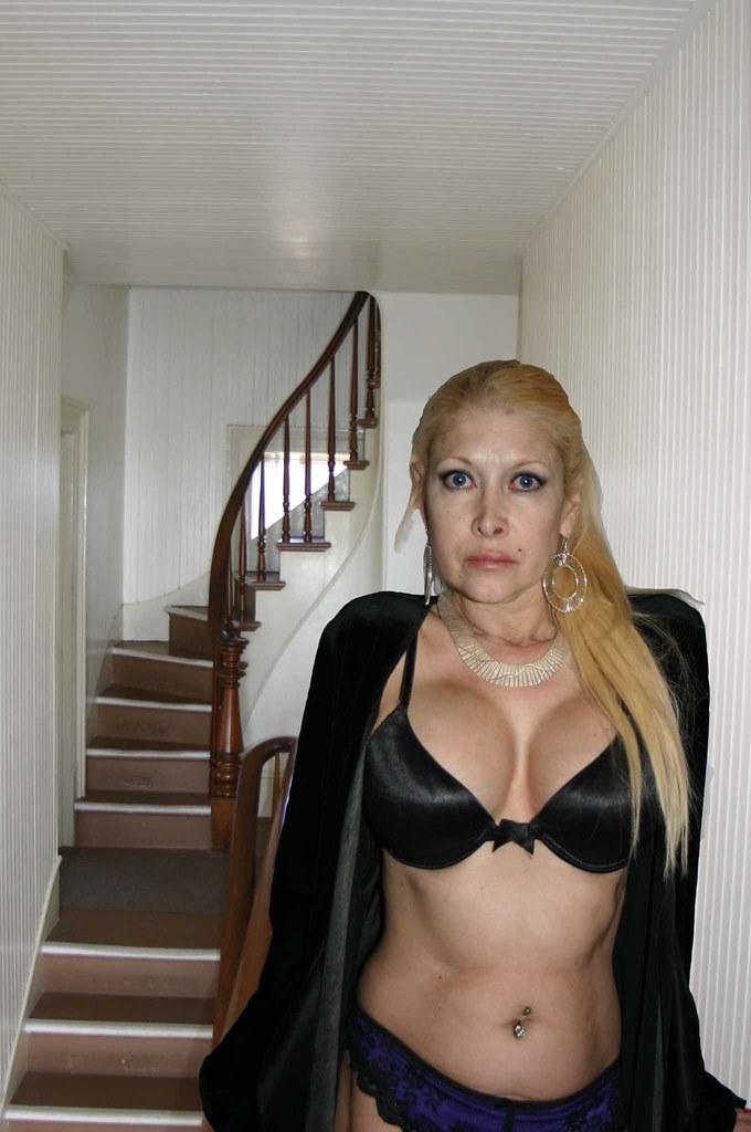 Free gangbang pussy