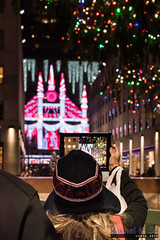 Holiday Light Show, Fifth Avenue, Manhattan (InSapphoWeTrust) Tags: manhattan midtownmanhattan newyork northamerica usa unitedstates unitedstatesofamerica us