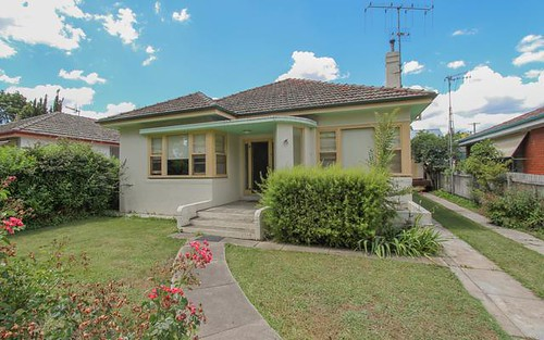 219 Browning Street, Bathurst NSW 2795
