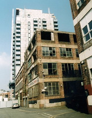 Manchester (519) (benmet47) Tags: street city buildings architecture film zenit 12xp zenit12xp sirius sirius2828 canoscan9000f