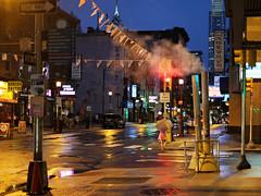Warm Rain in Philadelphia (Something Sighted) Tags: streetphotography scènederue rain umbrella night lesoir lapluie nuit reflections philadelphia philadelphie philly pennsylvania fujifilmxt1 archstreet