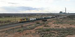Dash Two Jaunt (DJ Witty) Tags: freight emd train rr railroad locomotive dieselelectric bnsf burlingtonnorthernsantafe sd402 arizona