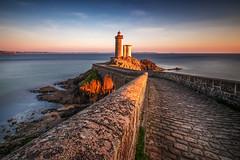 le Minou version boostée Photoshop (amateur72) Tags: brest bretagne finistère fujifilm minou xf1024mm coucherdesoleil lighthouse longexposure mer phare poselongue sunset xt1