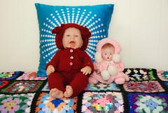 Dolls (Tamara Tarasiewicz) Tags: handmade granny square blanket afghan crocheted crochet colored doll dolls tamaratarasiewiczmuseum koc kocyk ręcznierobionykoc koce muzeum muzeumwbiałowieży muzeumbiałowieża tamaratarasiewicz