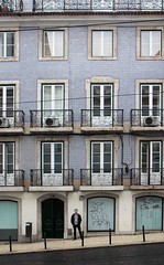 Street life (anna_bnan) Tags: lisbon lisboa europe travel explore citystreets city architecture building