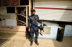 DJI drone'ları Irak ve Suriye'de (Teknoformat) Tags: amerika daeş department13 dji djipro drone haber iha irak işid isis shenzhen suriye uçuşayasakbölge