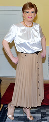 Birgit023961 (Birgit Bach) Tags: pleatedskirt plisseerock buttonthrough durchgeknöpft blouse bluse satin