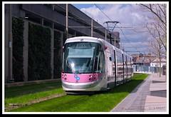 No.35 Leaving St Chads for Bull Street (zweiblumen) Tags: 35 caf urbos3 tram midlandmetro publictransport birmingham westmidlands england uk canoneos50d canonef50mmf14usm polariser zweiblumen