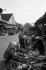 Hoi An Market (pacco_racco) Tags: market sellers vegetables street hoian vietnam blackwhite leicam6 leicasummicron35mmf20asph kodaktrix400