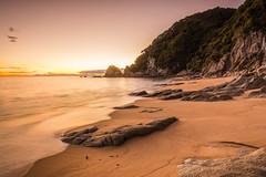 Good Morrning (Pixelfluch) Tags: morning sunrise newzealand ocean meer abeltasmannationalpark nature länder neuseeland sonnenaufgang goldenbay southisland morgen tageszeiten sea