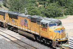 Union Pacific #4902 (EMD SD70M) in Colfax, CA (CaliforniaRailfan101 Photography) Tags: up amtrak unionpacific priority ge freight bnsf reefer manifest emd californiazephyr burlingtonnorthernsantafe dash9 dpu es44dc gevo sd70m amtk c449w stacktrain sd70ace es44ac colfaxca c45accte p42dc trackagerights es44c4 tietrain sd59mx unitreefer zdlsk trainsincolfaxca