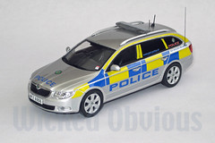 1/43 PSNI Skoda Superb Armed Response (wicked_obvious) Tags: model sticker decal transfer 143 diecast code3 emergency43