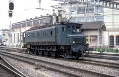 10934  Winterthur  15.07.87 (w. + h. brutzer) Tags: analog train schweiz switzerland nikon eisenbahn railway zug trains sbb locomotive lokomotive winterthur 497 elok eisenbahnen eloks ae47 webru
