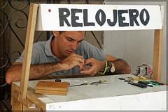 El Relojero (Quartonet) Tags: sony cuba el habana a200 1870 relojero