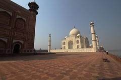 (marcwiz2012) Tags: india architecture asia minaret tajmahal agra icon