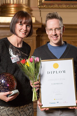 Ruth Haglund och Magnus Emanuel från ICA Banken, vinnare av Web Service Award 2013 i klassen Information & Service.