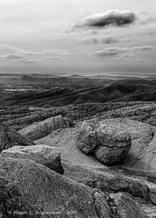 JW_Shenandoah2016_Day1_05_20_16_45 (HarrySchue) Tags: nationalparks shenandoahnationalpark marys rock mountains fog rocks rocky nature nikon d800e