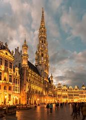 Grote Markt (aliffc3) Tags: grotemarkt grandplace brussels belgium europe travel architecture nikond750 tamron2470f28 panorama