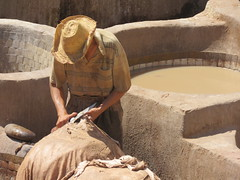 Fes, Morocco: tannery (Leo Kerner) Tags: medina morocco fes tanneries feselbali