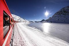 Berninapass, Oberengadin, Graubünden, Schweiz (graubuenden.bilder) Tags: berninapass rhätischebahn rhb bahn pass bernina lago bianco unescowelterbe unesco welterbe graubünden schweiz ch suesskind süskind eis ice winter ospiziobernina