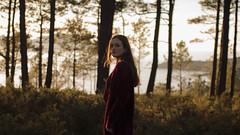 354/366: lost by choice (Andrea · Alonso) Tags: me selfportrait autorretrato 366 365 face woman cara retrato portrait tree light sunset luz atardecer