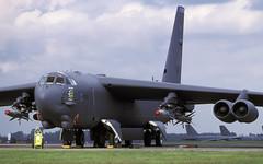 B-52H 60-0062 LA AGM142 EGVA 060599 CLOFTING 2 1 P (Chris Lofting) Tags: agm142 b52h b52 boeing egva fairford 600062 la usaf cajunfear