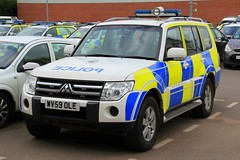 Cheshire Police Mitsubishi Shogun Neighborhood Policing Team Vehicle (PFB-999) Tags: cheshire police constabulary mitsubishi shogun 4x4 unknown role response car vehicle unit lightbar grilles leds wv59ole headquarters hq neighborhood policing team npt