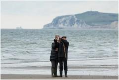 Een selfie is van alle leeftijden (HP025502) (Hetwie) Tags: selfie capgrisnez france frankrijk kust opaalkust sea strand zee cap capblancnez audinghen hautsdefrance fr