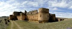Caracena (santiagolopezpastor) Tags: españa espagne spain castilla castillayleón soria provinciadesoria medieval middleages castillo castle chateaux