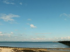From Ryde Esplanade (Waterford_Man) Tags: rydeesplanade sand sea solent pier water