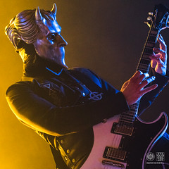 Nameless Ghoul (guitar) (sylvain.collet) Tags: guitarplayer concert ghost rockband music namelessghoul ptapping