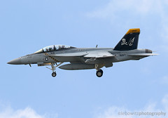 VFA-103 Jolly Rogers DCAG Jet (JetImagesOnline) Tags: nasoceana naval air station navy fighter jet f18 fa18 hormet mcdonnell douglas vfa103 jolly rogers dcag color bird super rhino