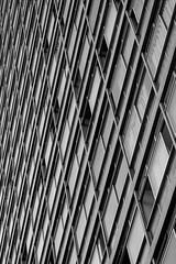 Edifício JK (Johnny Photofucker) Tags: edifíciojk niemeyer arquitetura architecture architettura lightroom preto branco black white pb bw prédio edifício building palazzo urbano urban belohorizonte bh minasgerais mg brasil brasile brazil 70200mm