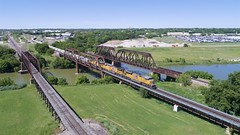 UP 8911 south (KB5WK) Tags: railroad railroading railroads railway unionpacific up8911 fortworth texas unitedstates us