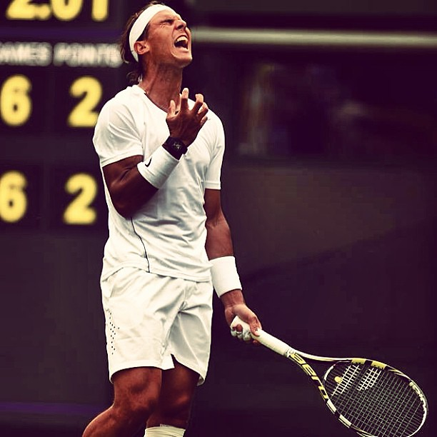 Nadal losing on the 1st round of Wimbledon! Priceless! Bwahahaha!!!! #wimbledon #upset