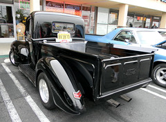 DSCN1929 (FLY2BIGBEAR) Tags: cruise classic cars car vintage vehicles donut hotrod huntingtonbeach derelicts donutderelicts motorcars