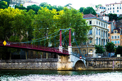 Lyon - Passerelle Saint Georges (nvigneron) Tags: city bridge night lyon rhne paysage urbain rhone fourvire sane saone