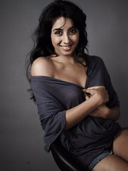 South Actress SANJJANAA Unedited Hot Exclusive Sexy Photos Set-23 (233)