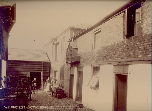 Margaret Burgess, wine & spirit merchant, 27-29 High Street (rear of) – 1891