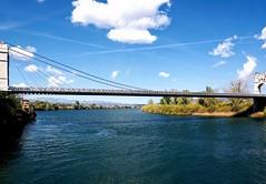 El rio Ebro , el puente y las nubes (nora4santamaria) Tags: nwn river rio nubes clouds puentes bridge