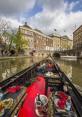 Going with the gondolier (JoCo Knoop) Tags: utrecht gondolier