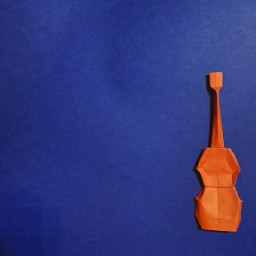 Intento de violín de origami