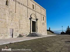 BARGA - VIVENDO A LUCCA - DUOMO DI SAN CRISTOFORO (88) (Viaggiando in Toscana) Tags: vivendoaluccait viaggiandointoscanait barga lucca duomo di san cristoforo